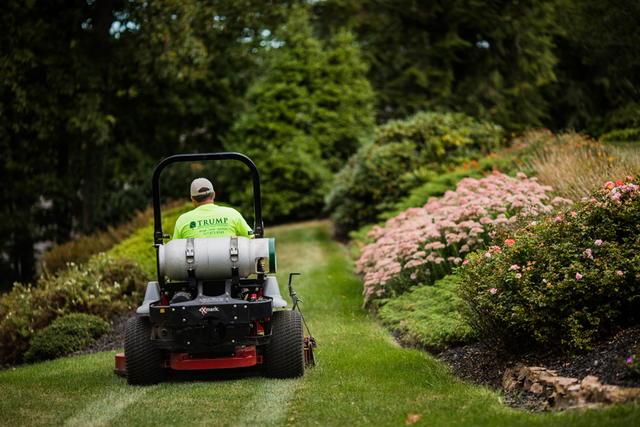 Land Maintenance Trump Lawn Land Zinns Quarry Rd Pa